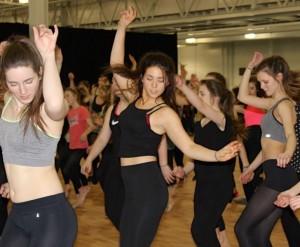 dance image move it 2016